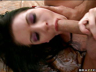 Stud fingers a-hole of his girlfriend previous to fucking her cunt
