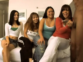 Teen Brandi and her girlfriends kissing and giving a handjob